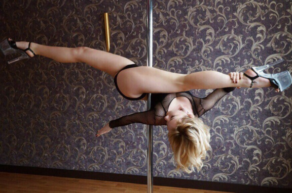 Танец на пилоне (Exotic pole dance)